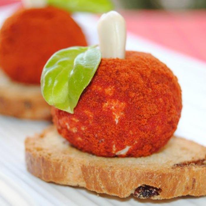 bolas-queso-cabra-tomate-albahaca