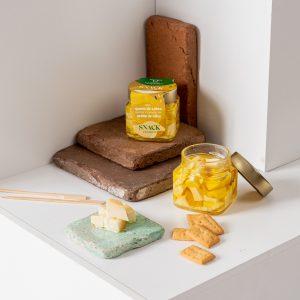 queso-cabra-snack-premium-aceite-oliva